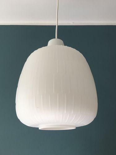 opalglas h ngelampe von wilhelm wagenfeld f r peil putzler 1950er bei pamono kaufen. Black Bedroom Furniture Sets. Home Design Ideas