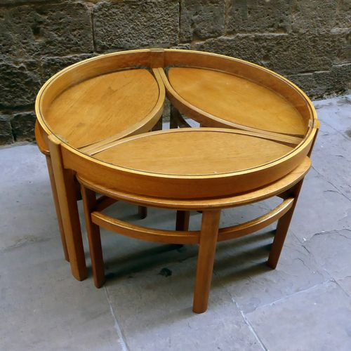 Round glass coffee table with matching nesting tables set for Round glass coffee tables for sale