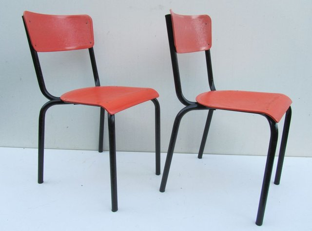 chairs by pierre guariche for meurop set of 2 for sale at. Black Bedroom Furniture Sets. Home Design Ideas