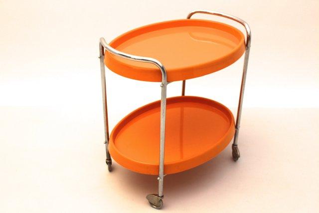 servierwagen mit rollen und plastiktabletts bei pamono kaufen. Black Bedroom Furniture Sets. Home Design Ideas