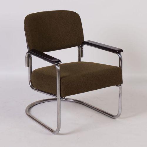 gr ner bauhaus ra stuhl aus rohreisen bei pamono kaufen. Black Bedroom Furniture Sets. Home Design Ideas