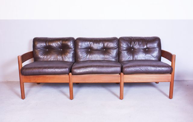 vintage holz und leder sofa bei pamono kaufen. Black Bedroom Furniture Sets. Home Design Ideas