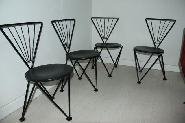 Trendy sedie nere in metallo di josef hoffmann per bonaldo for Sedie nere moderne