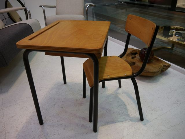 vintage french school desk and chair set 1950s for sale at pamono. Black Bedroom Furniture Sets. Home Design Ideas