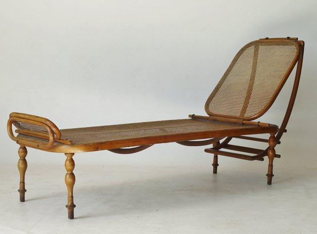 divan r glable en bois courb de thonet en vente sur pamono. Black Bedroom Furniture Sets. Home Design Ideas