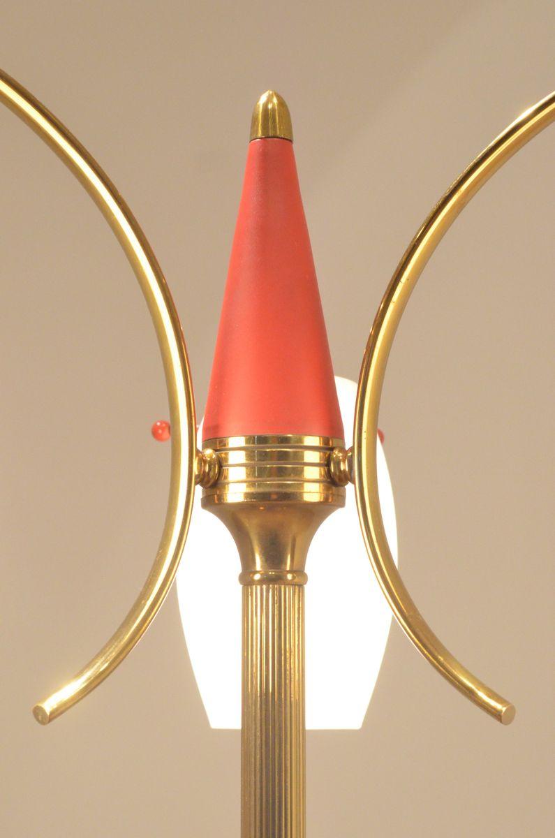 italienische stehlampe aus messing metall opalglas 1950er bei pamono kaufen. Black Bedroom Furniture Sets. Home Design Ideas
