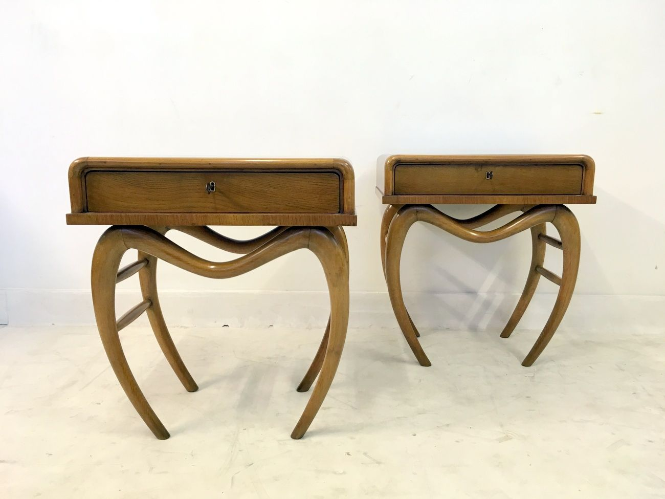 Vintage Italian Bedside Tables , Set of 2 for sale at Pamono