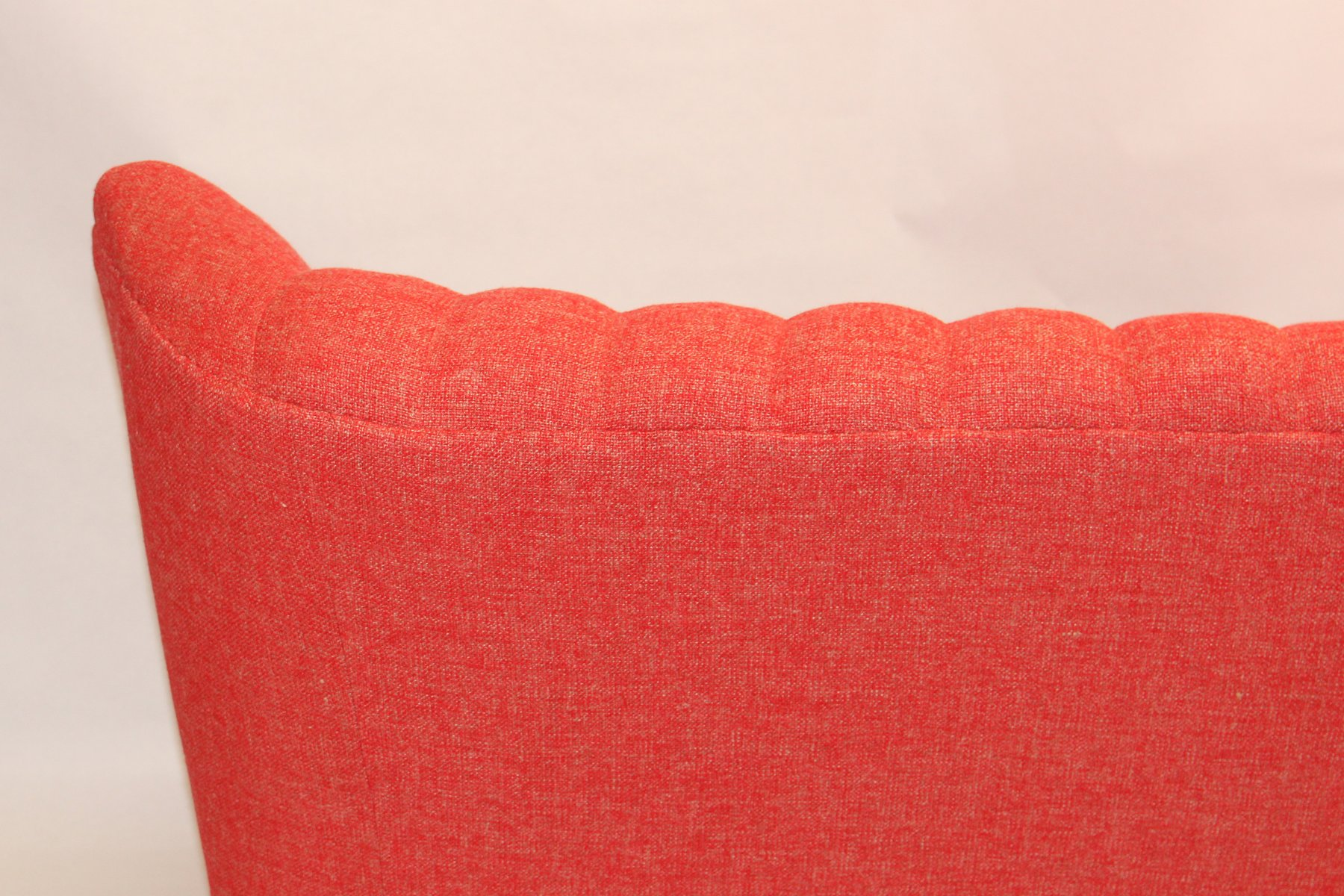 Vintage Pink Sofa hmmi