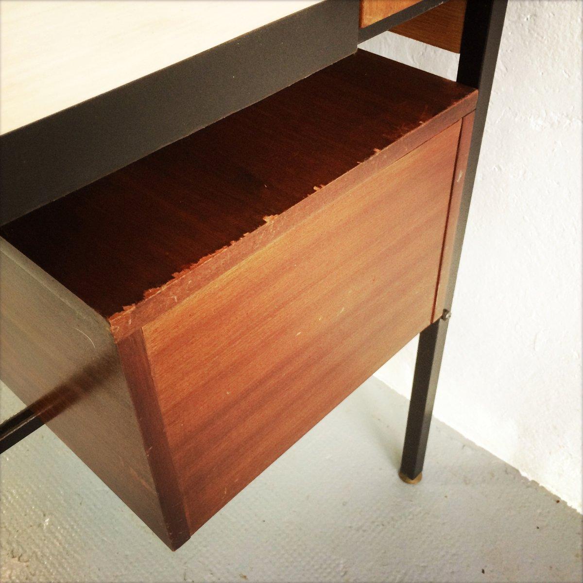 Regal mit eingebautem schreibtisch bei pamono kaufen for Schreibtisch regal
