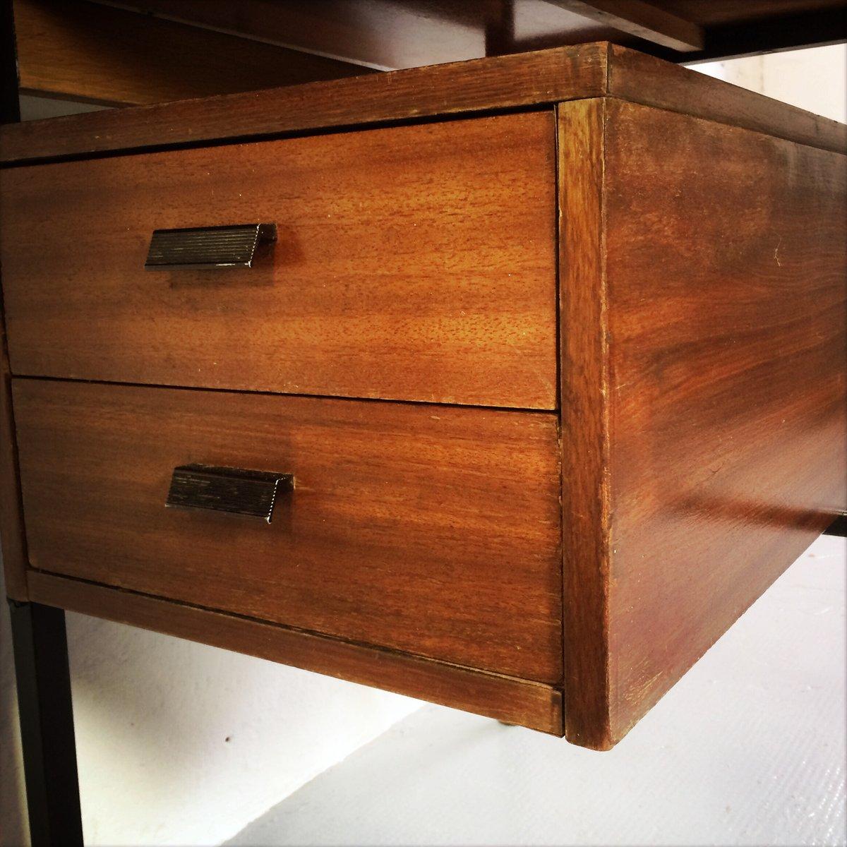 Etag re avec bureau int gr en vente sur pamono for Bureau avec rangement integre