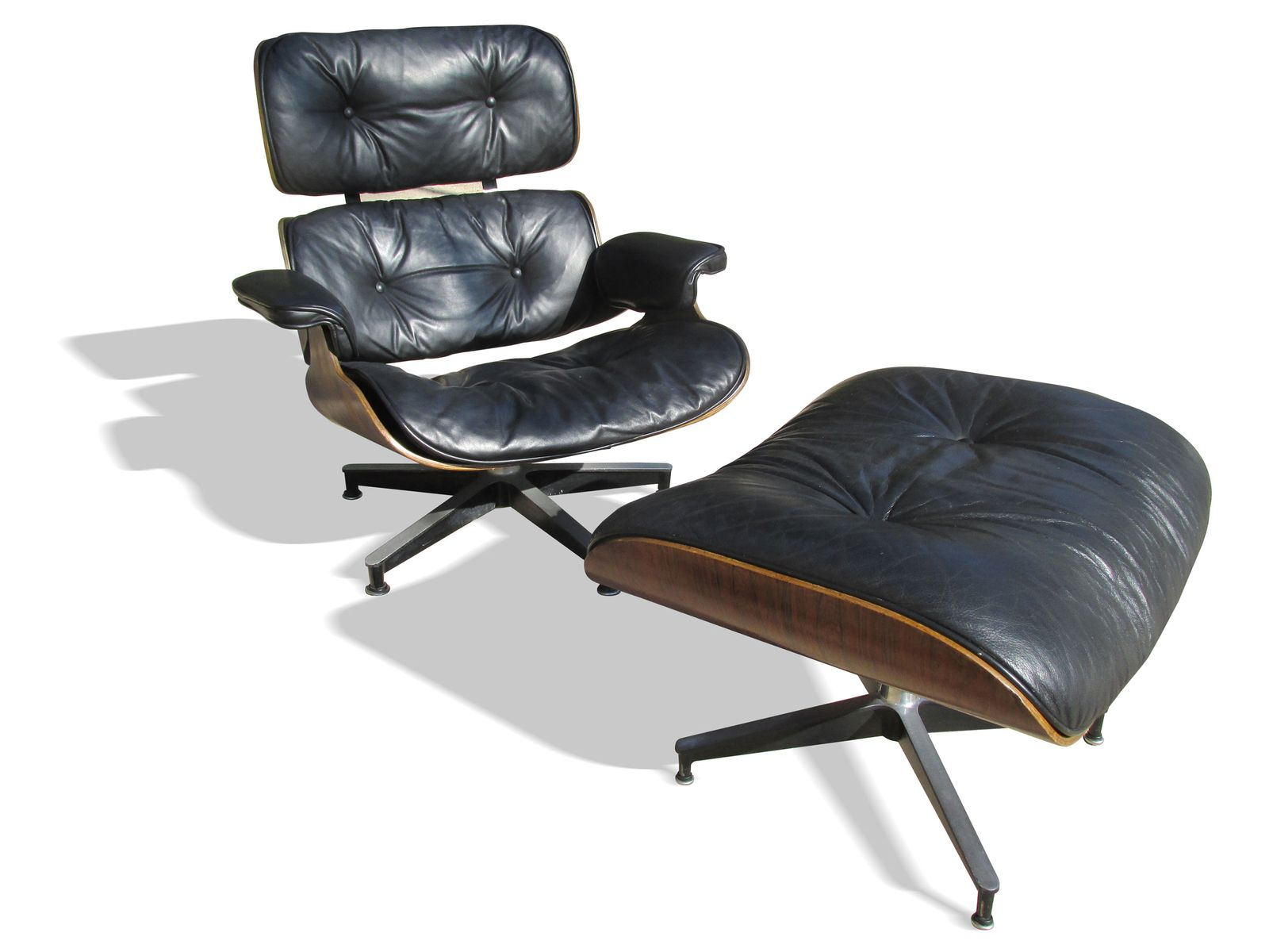 670 671 lounge chair and ottoman by charles and ray eames for herman miller 1955 for sale at pamono. Black Bedroom Furniture Sets. Home Design Ideas