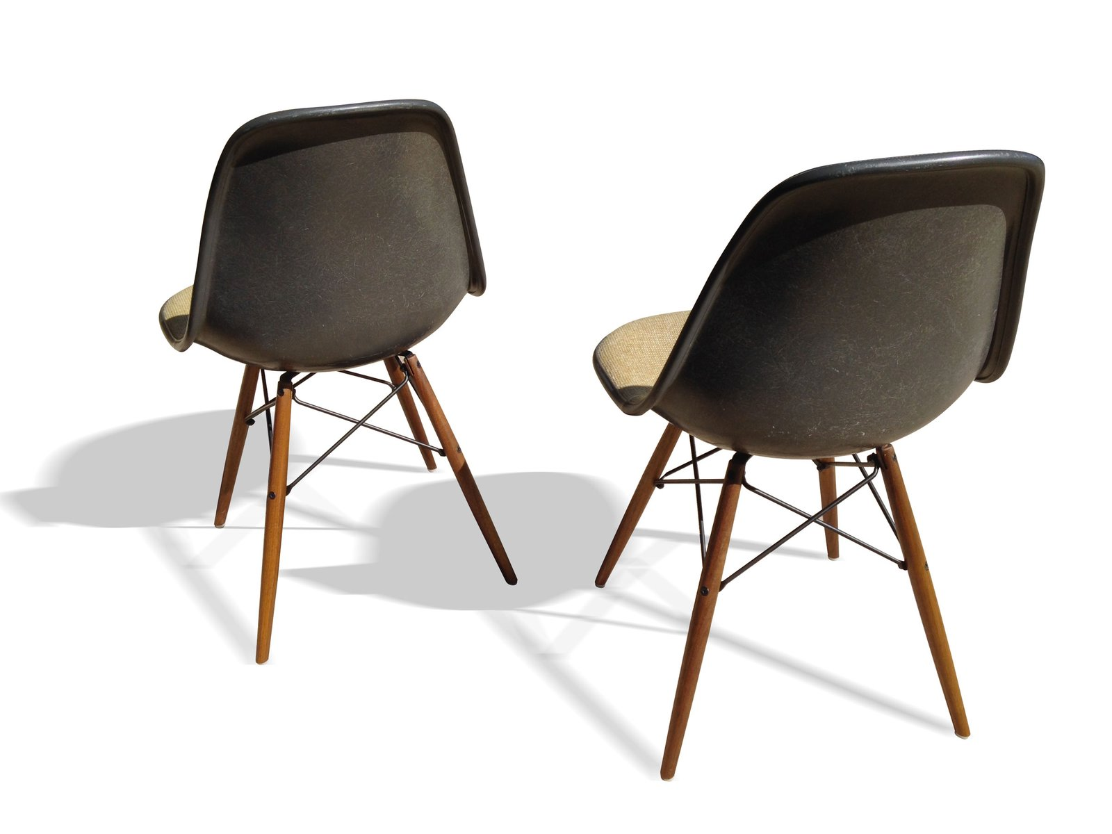 elephant grey dsw chairs by charles and ray eames for herman miller set of 2 for sale at pamono. Black Bedroom Furniture Sets. Home Design Ideas