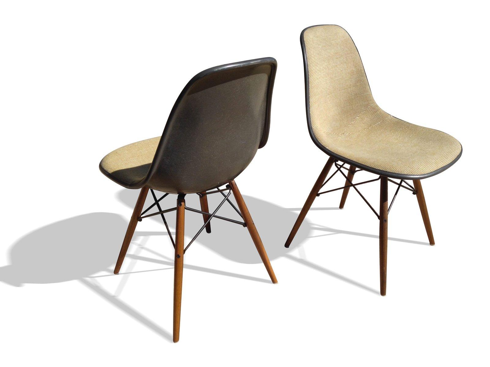 sedie elefante dsw grigie di charles ray eames per herman miller set di 2 in vendita su pamono. Black Bedroom Furniture Sets. Home Design Ideas