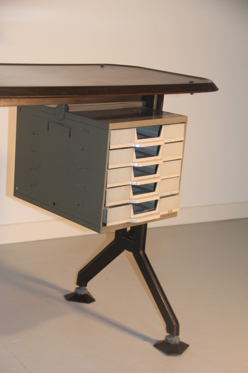 mini bureau par bbpr pour olivetti synthesis 1960 en vente sur pamono. Black Bedroom Furniture Sets. Home Design Ideas