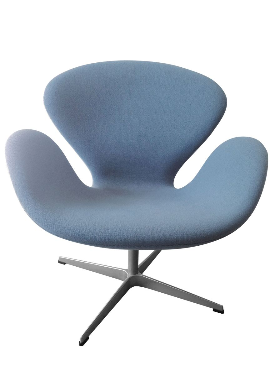 Light blue swan chair by arne jacobsen for fritz hansen for Swan chairs for sale