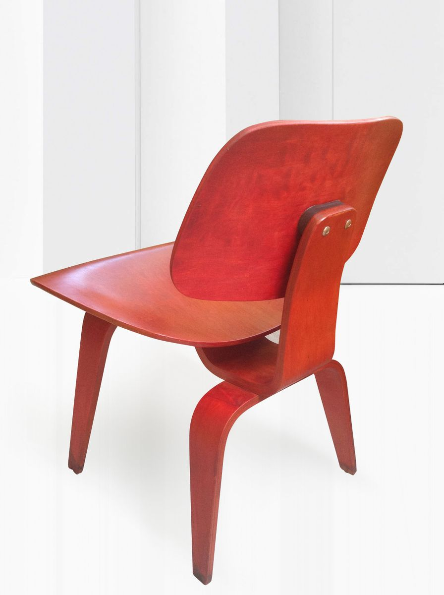 Red Aniline DCW Chair By Ray And Charles Eames For Herman Miller - Charles eames chairs