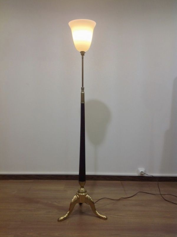 Brass and mahogany tripod floor lamp 1930s for sale at pamono for Brass tripod floor lamp uk