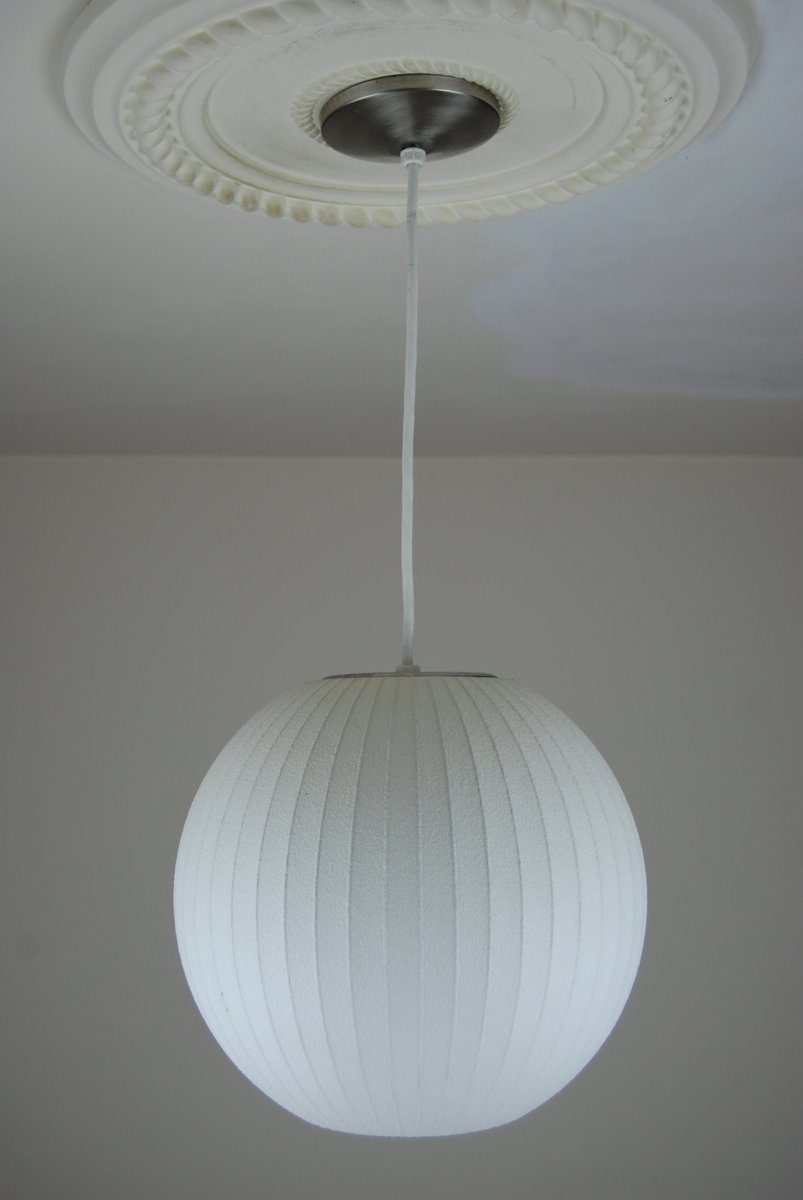 Ball Lamp by George Nelson for Modernica for sale at Pamono