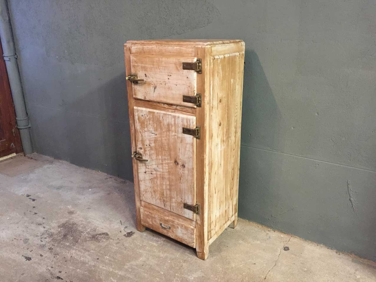 Vintage wooden icebox for sale at pamono - Meuble cave a vin en bois ...
