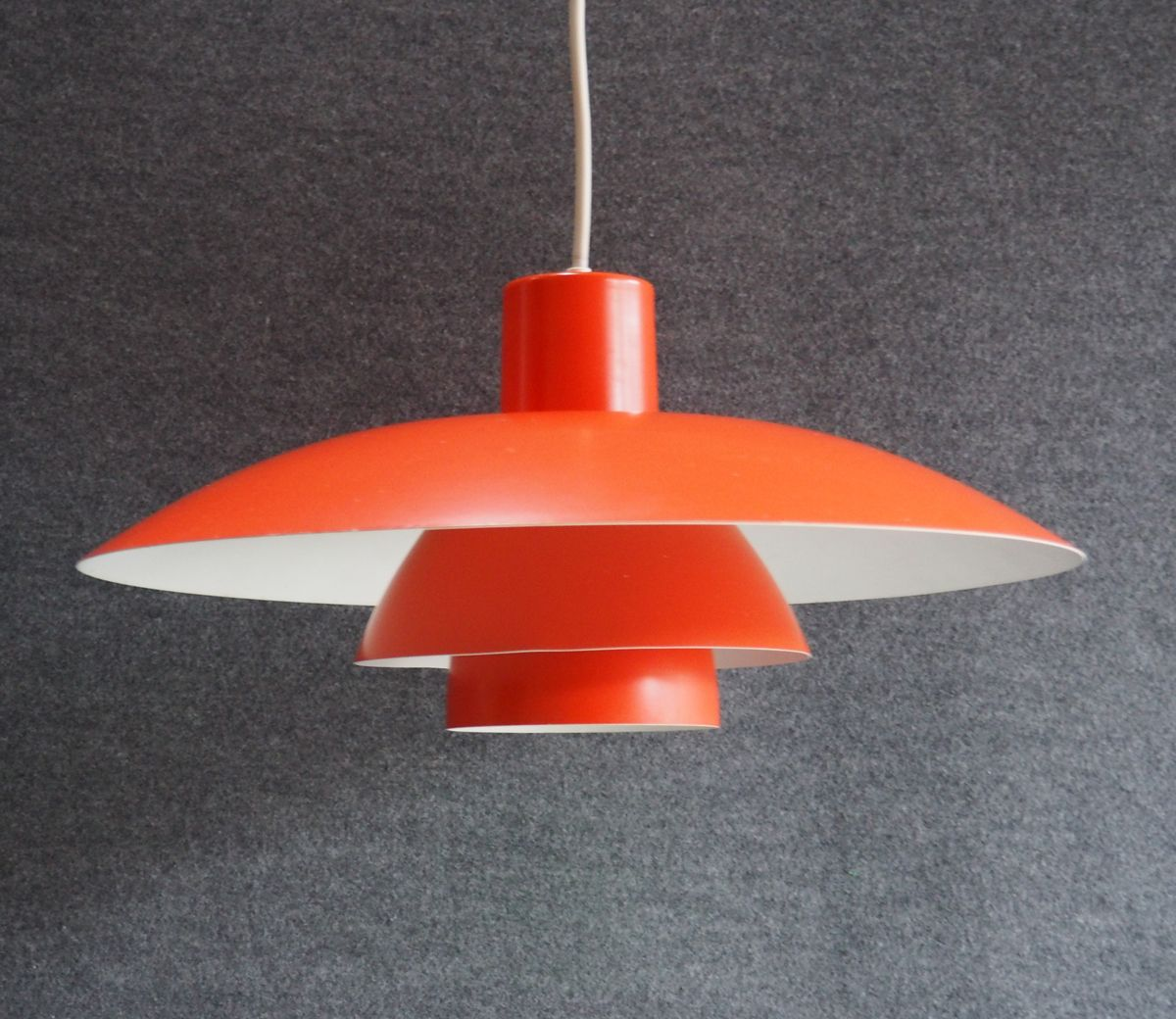 lampe suspension mod le ph4 3 vintage orange par poul henningsen pour louis poulsen en vente. Black Bedroom Furniture Sets. Home Design Ideas