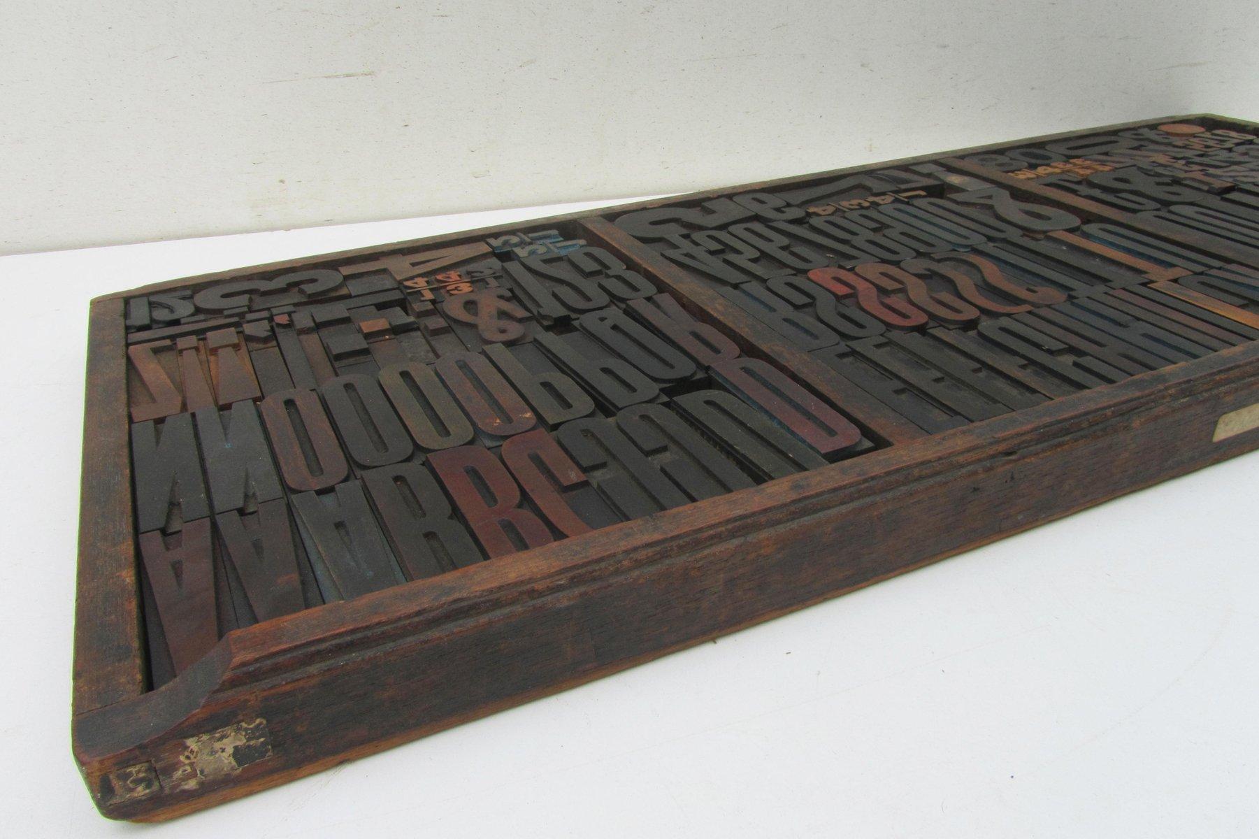 industrielle vintage buchstaben nummern druckbl cke aus holz bei pamono kaufen. Black Bedroom Furniture Sets. Home Design Ideas