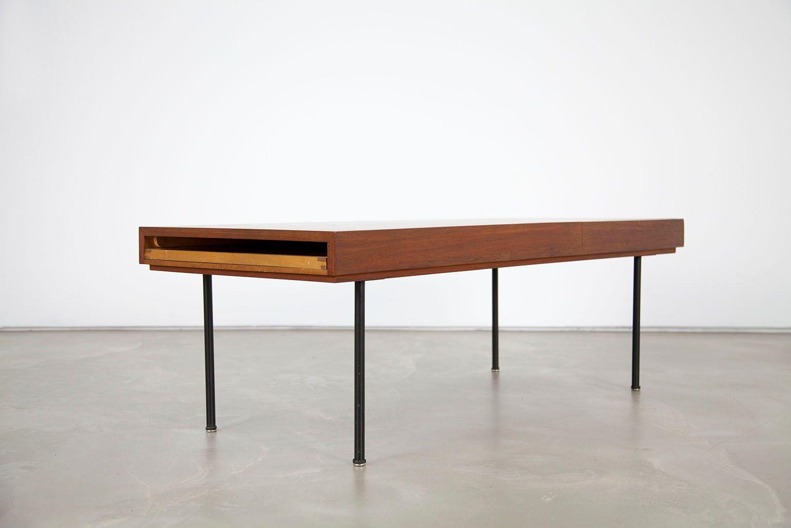 Table basse extensible mod le 4652 mid century en teck for Table extensible en teck