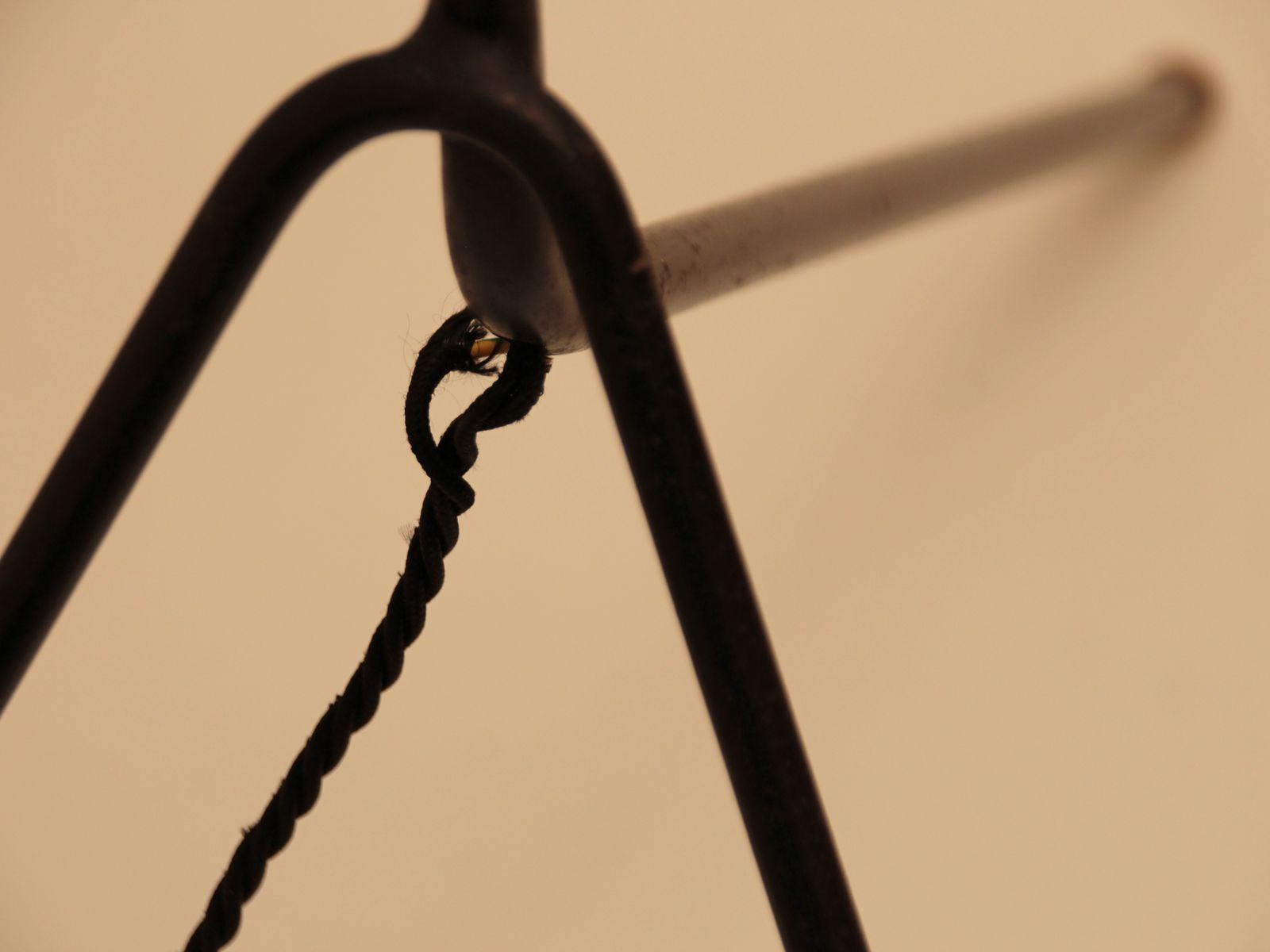 franz sische mid century stehlampe mit dreifu 1950er bei pamono kaufen. Black Bedroom Furniture Sets. Home Design Ideas