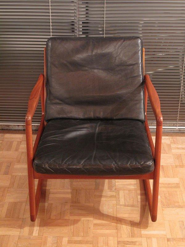 rocking chair mod le f d 110 en teck et cuir par ole. Black Bedroom Furniture Sets. Home Design Ideas