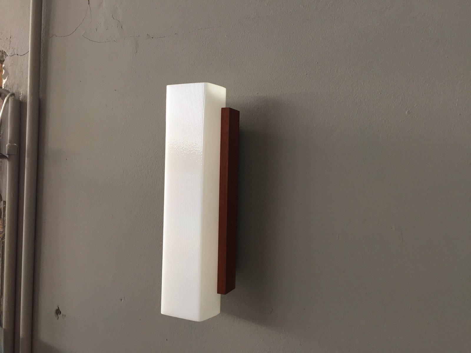 vintage wandlampe aus holz und kunststoff bei pamono kaufen. Black Bedroom Furniture Sets. Home Design Ideas
