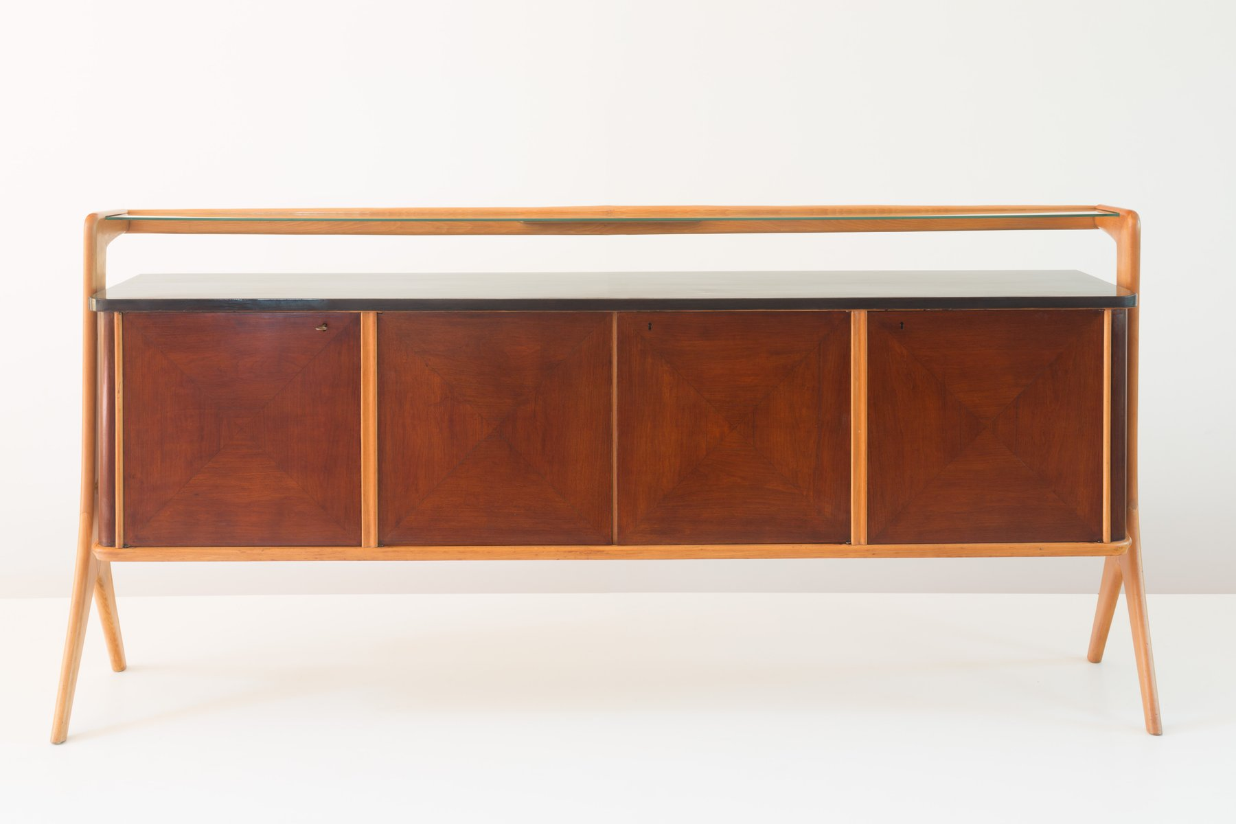 Maple sideboard by vittorio dassi for dassi mobili moderni for Mobili buffet moderni