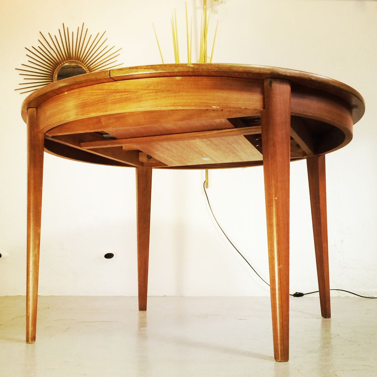 French round dining table 1960s for sale at pamono for French round dining table