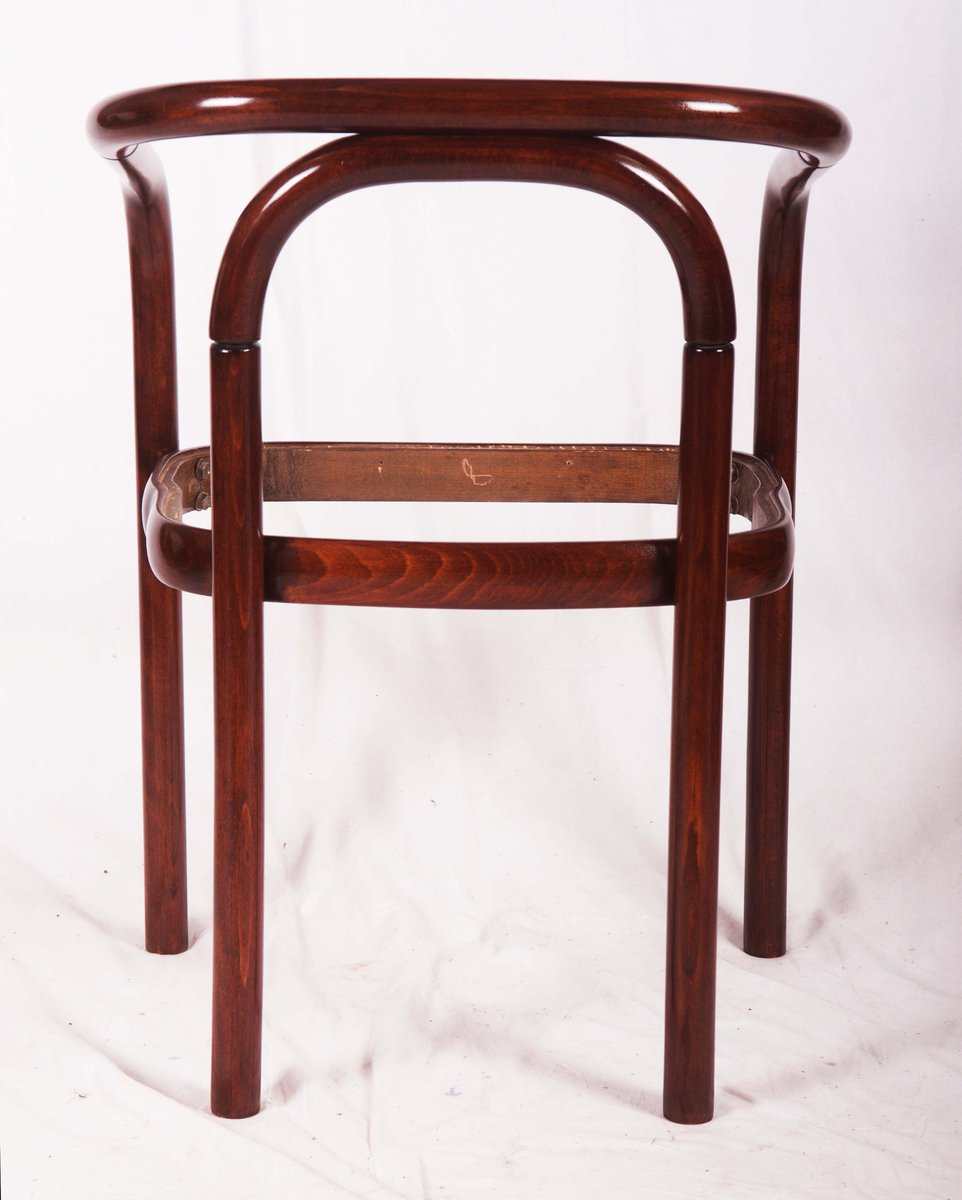 Bentwood Dining Table Vintage Beech Bentwood Dining Chair From Ton For Sale At Pamono