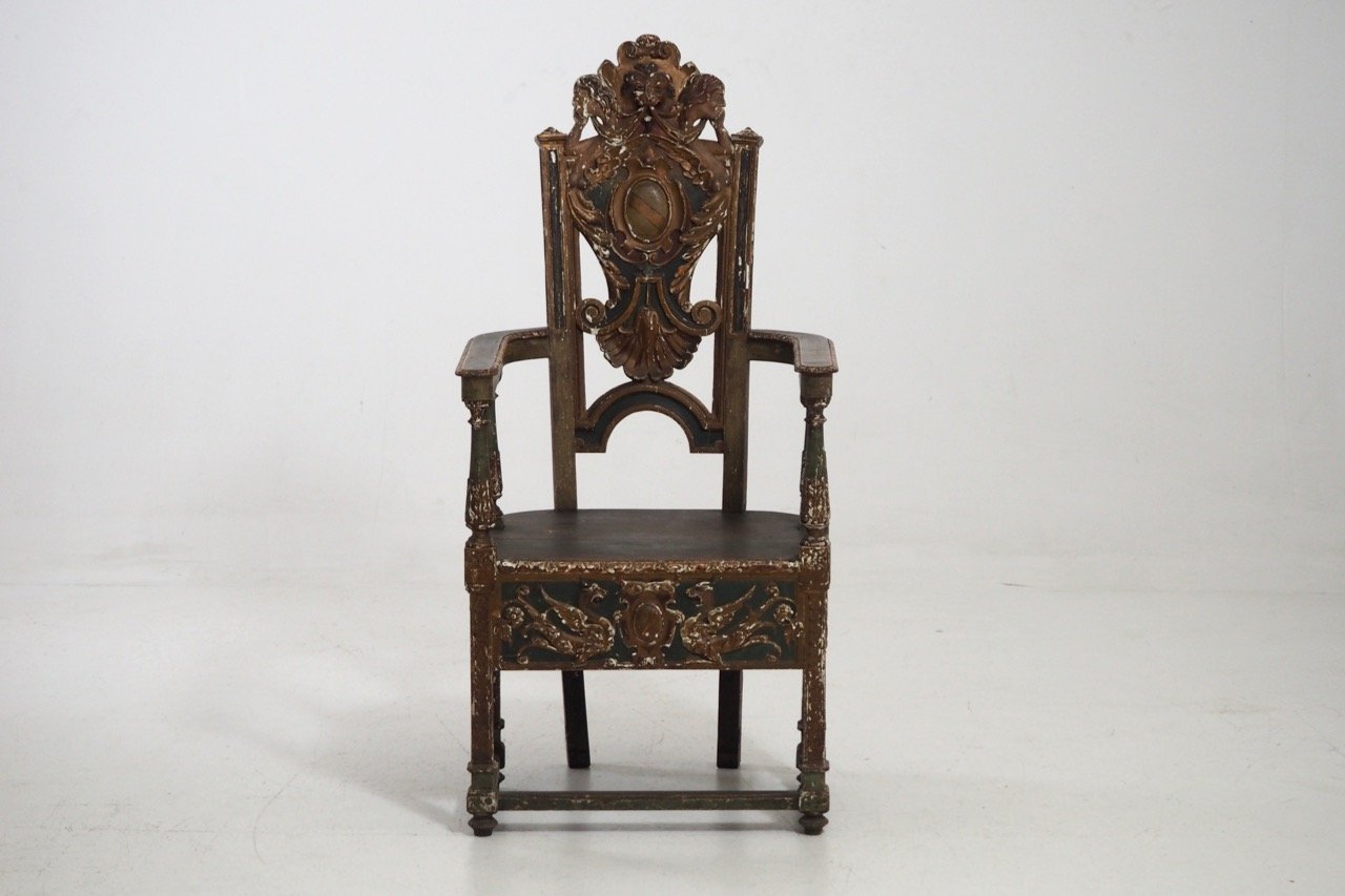 Antique carved italian nutwood side chair for sale at pamono for Chair in italian