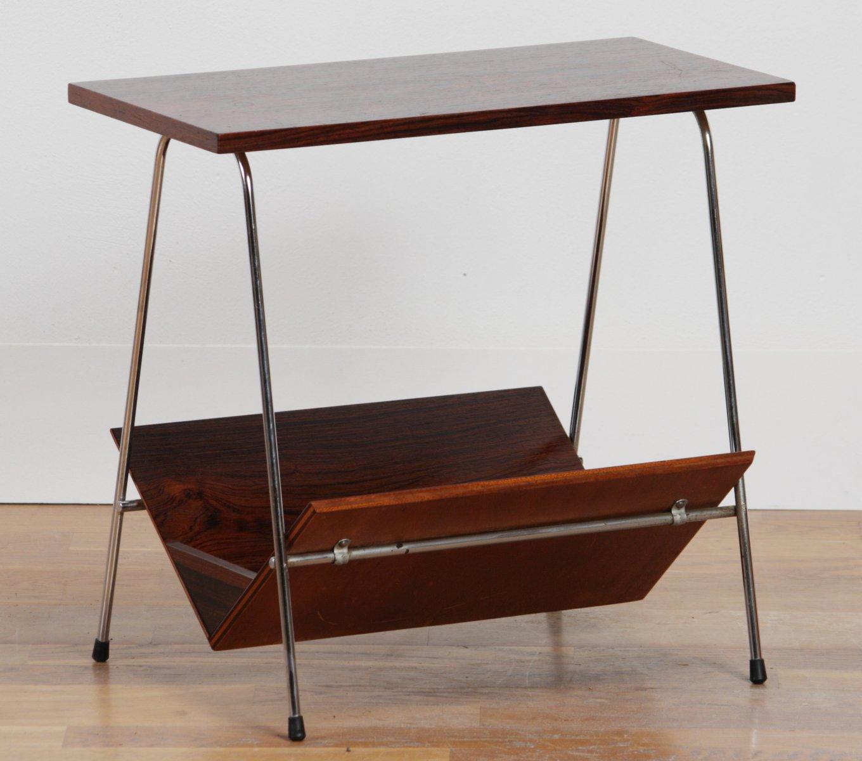vintage palisander beistelltisch mit zeitungsst nder bei. Black Bedroom Furniture Sets. Home Design Ideas