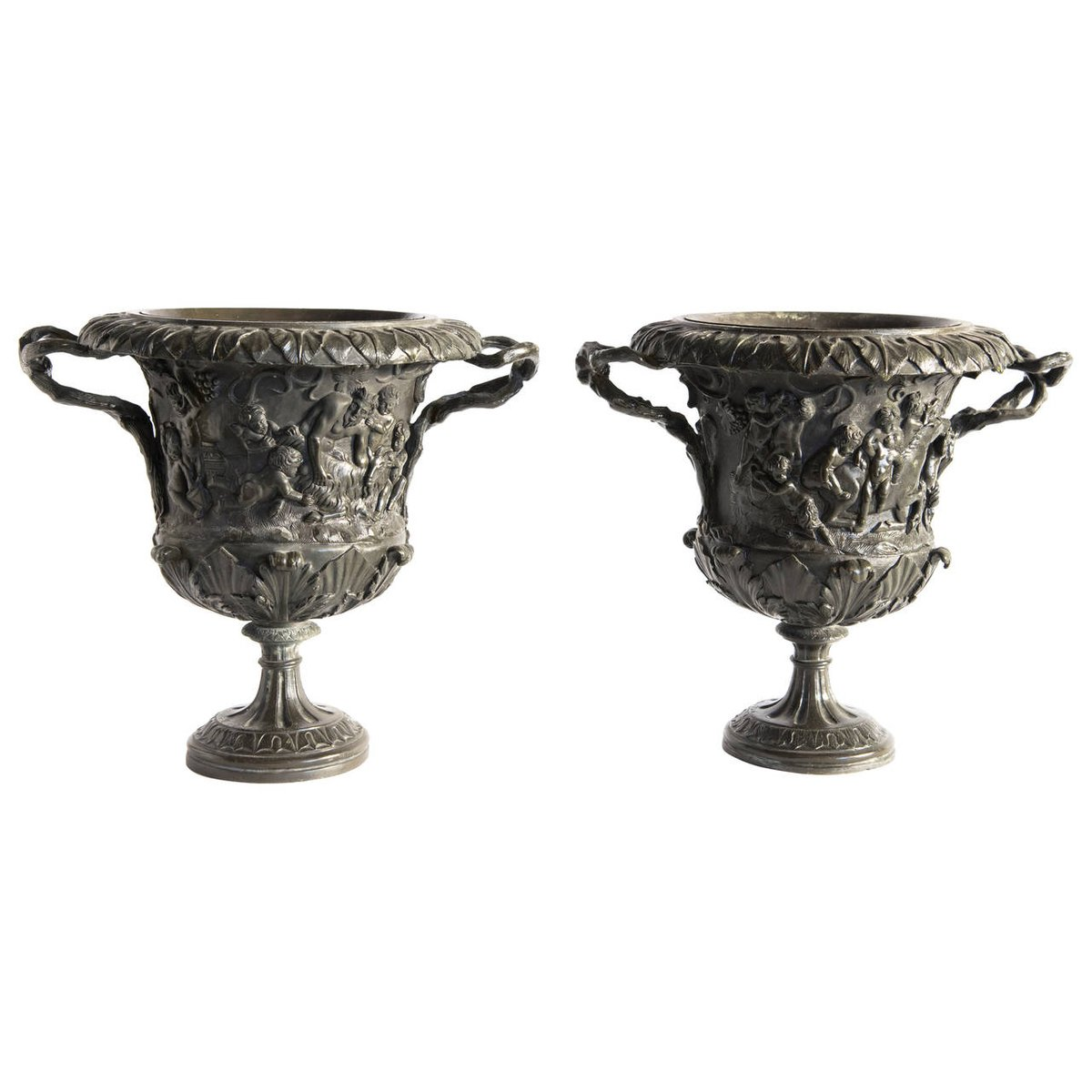 italian carved bronze grand tour vases by m amodio 1880s set of 2 for sale at pamono. Black Bedroom Furniture Sets. Home Design Ideas