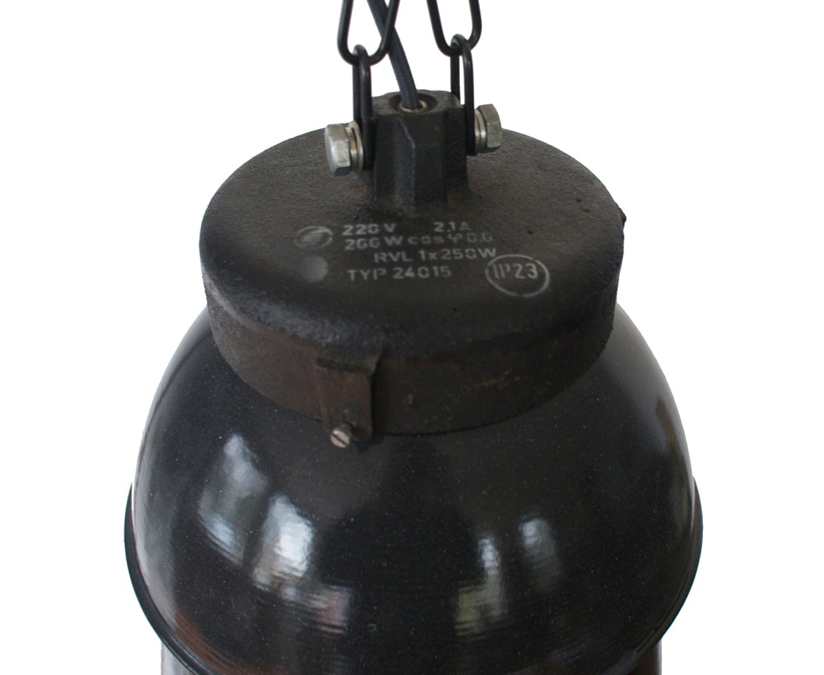 Grande lampe suspension industrielle noire 1950s en vente sur pamono - Suspension industrielle noire ...