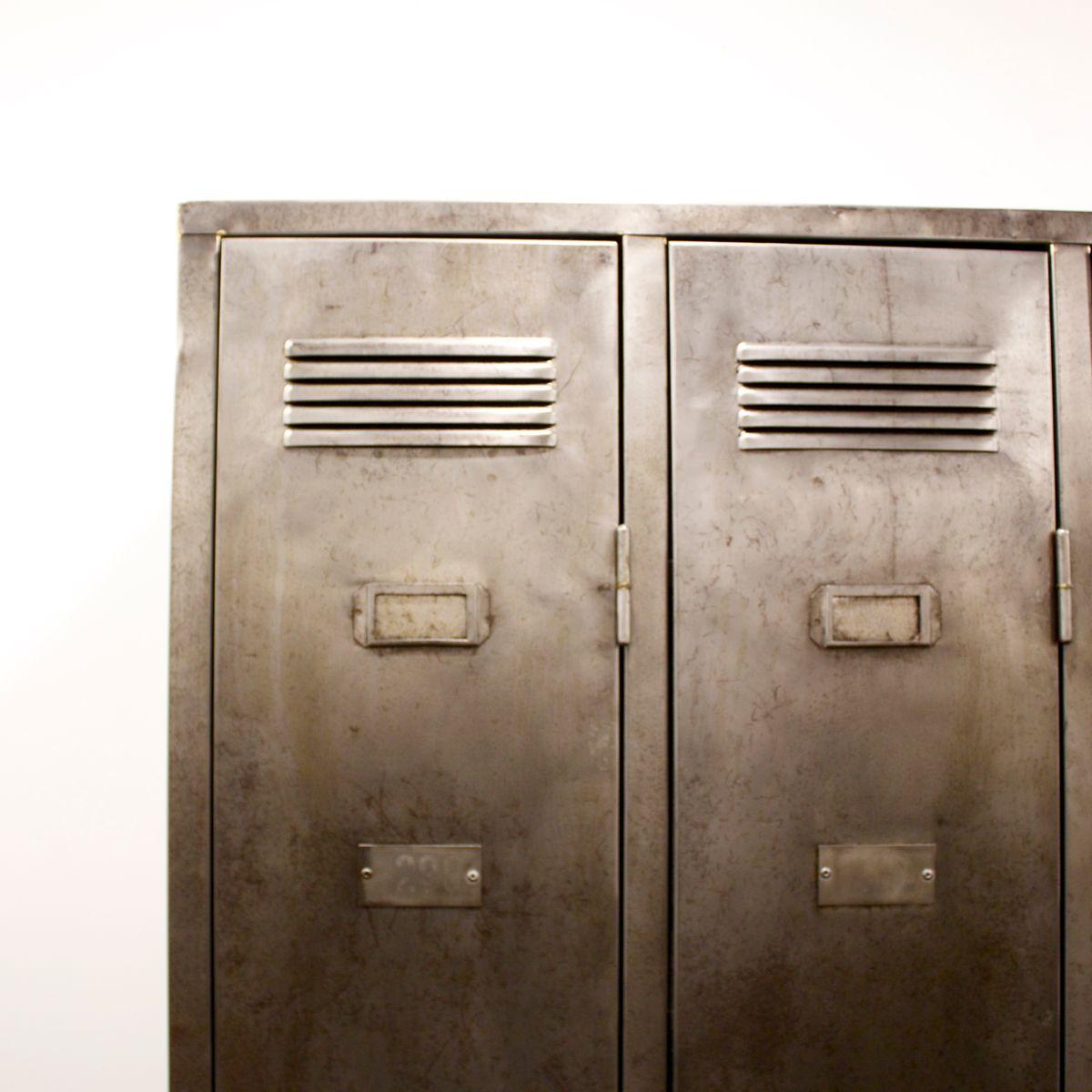 casier industriel avec trois portes france en vente sur pamono. Black Bedroom Furniture Sets. Home Design Ideas