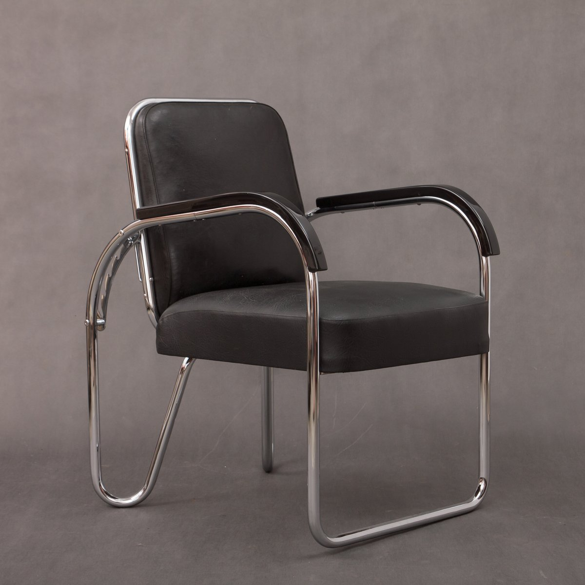 Klappbarer bauhaus stuhl von ds staal 1930er bei pamono for Stuhl bauhaus design