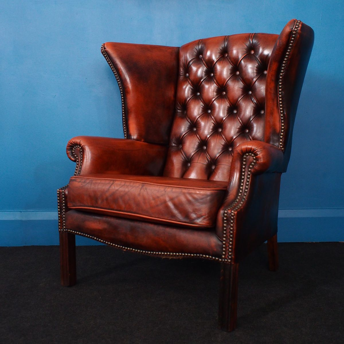 fauteuil chesterfield vintage oreilles en cuir brun terre de sienna angleterre 1980s en. Black Bedroom Furniture Sets. Home Design Ideas