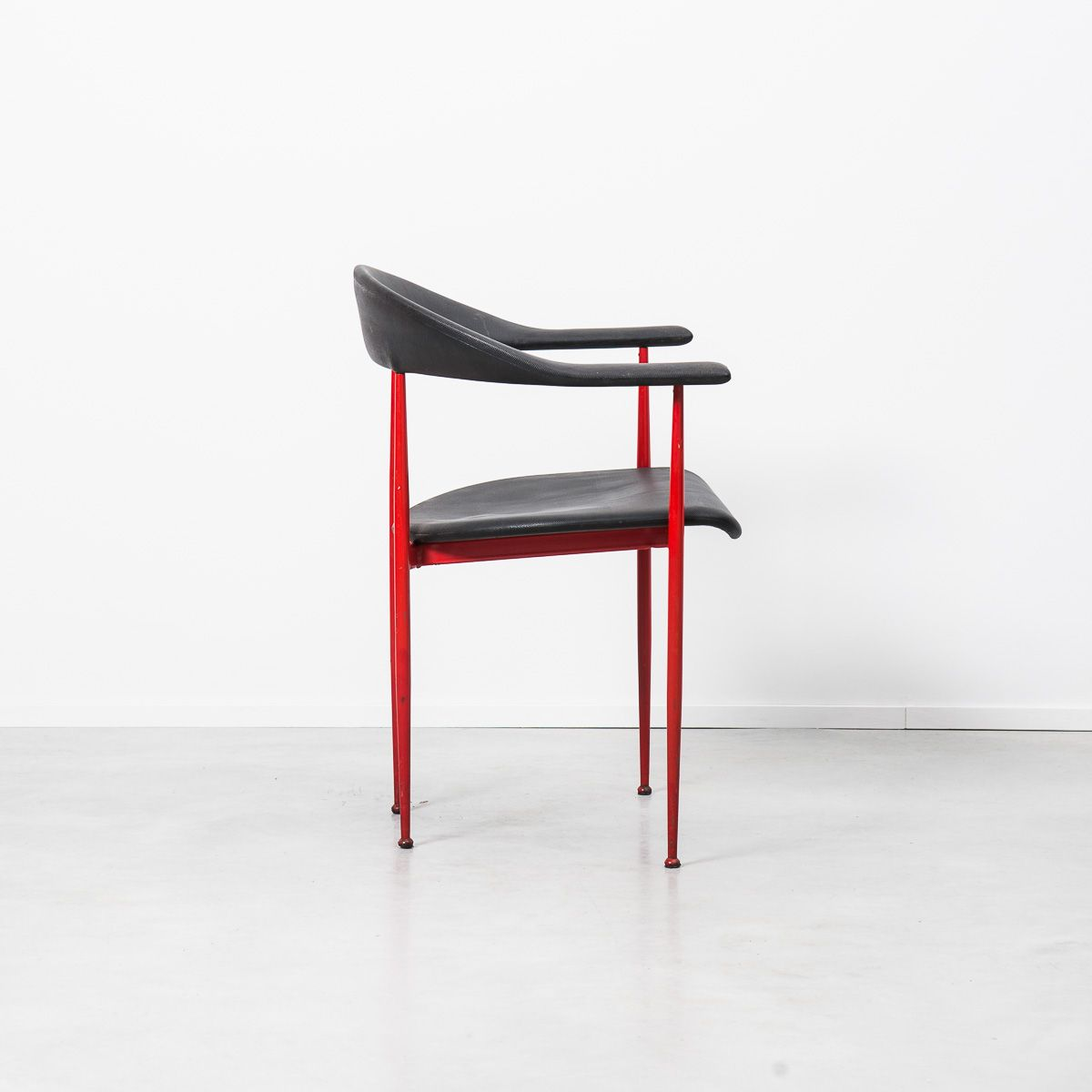 P70 postmodern dining chair by giancarlo vegni for fasem for 1980s chair