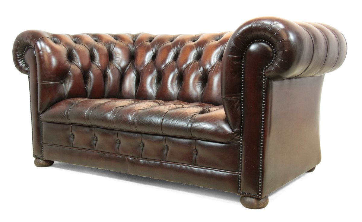 canap chesterfield vintage en cuir couleur noisette avec boutons en vente sur pamono. Black Bedroom Furniture Sets. Home Design Ideas