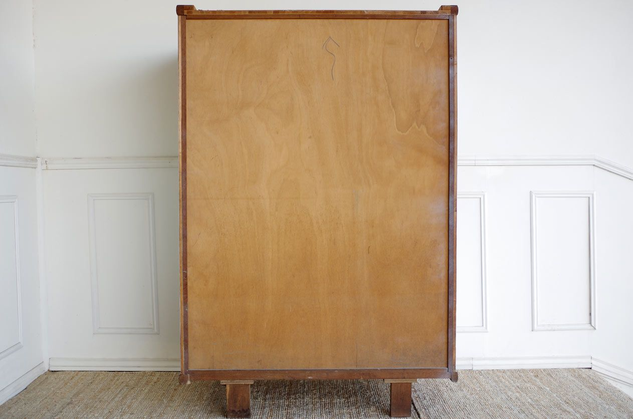 armoire vintage avec motifs graphiques bleu clair en vente. Black Bedroom Furniture Sets. Home Design Ideas