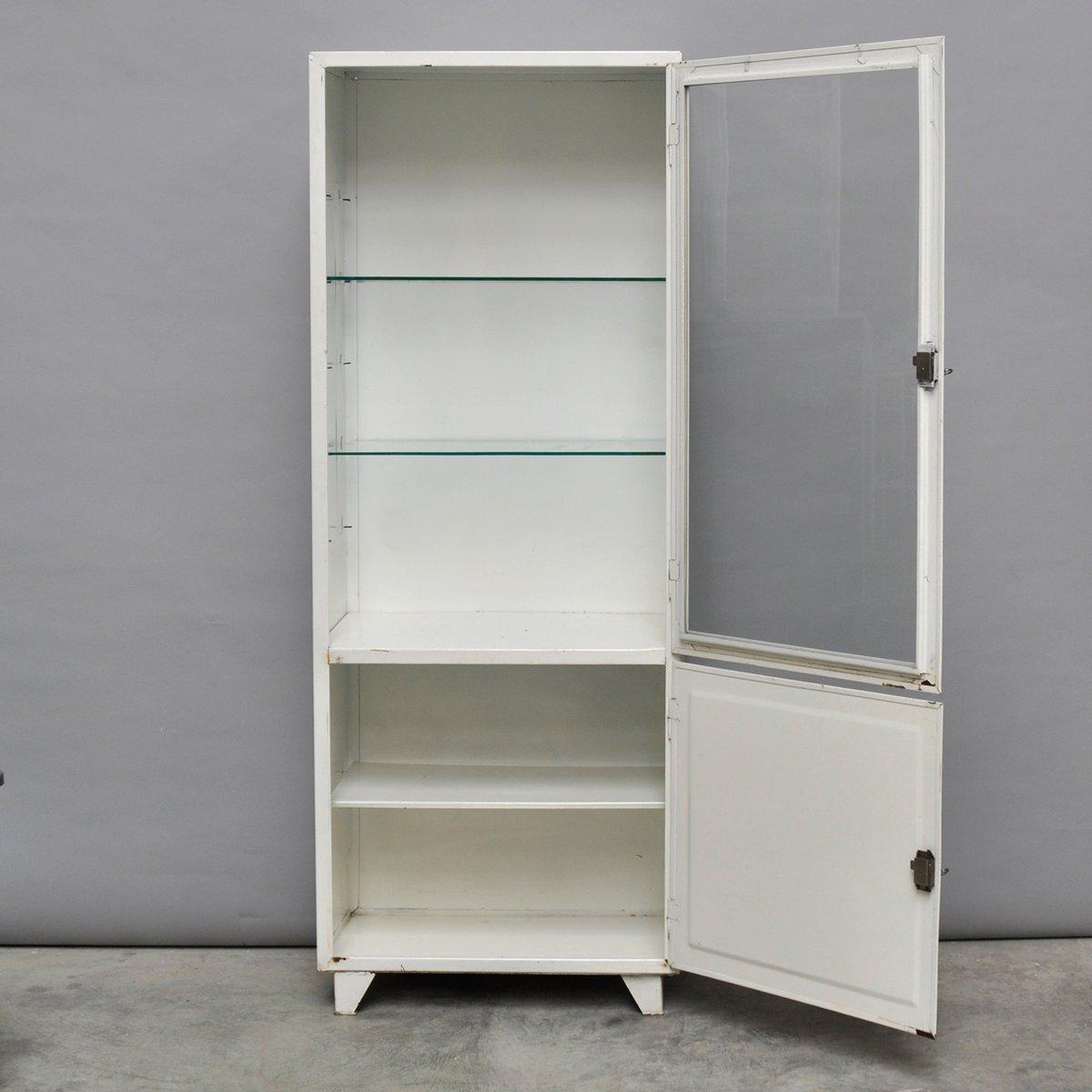 armoire pharmacie vintage en acier et verre pologne 1970s en vente sur pamono. Black Bedroom Furniture Sets. Home Design Ideas