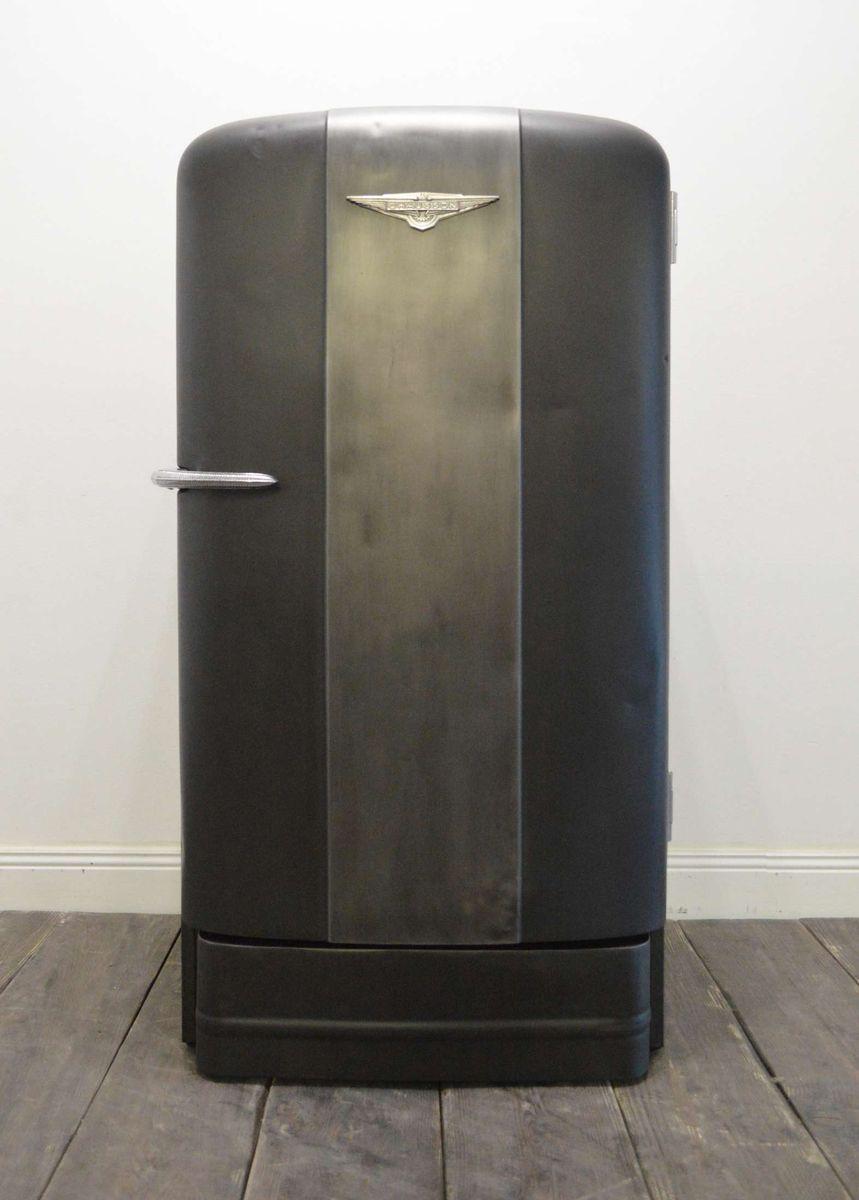 armoire r frig rateur vintage de chausson en vente sur pamono. Black Bedroom Furniture Sets. Home Design Ideas