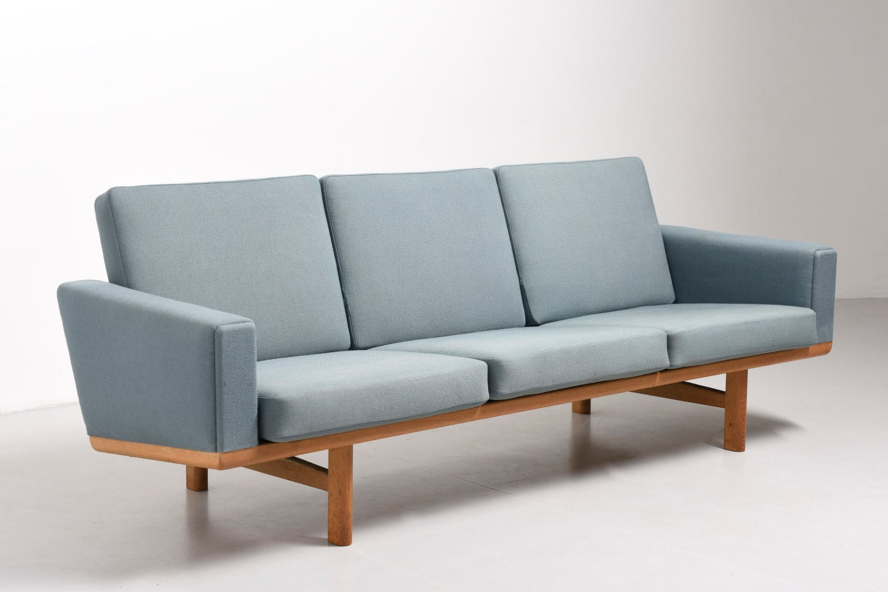 Light blue ge 236 sofa by hans j wegner for getama for for Blue couches for sale