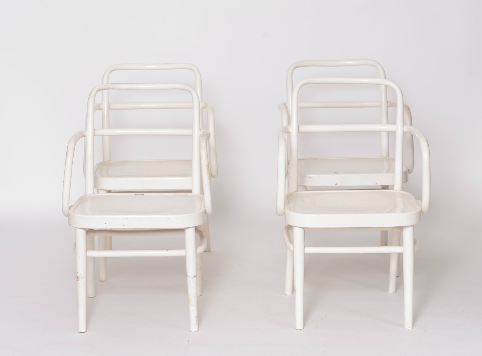 Bentwood chairs white - Austrian A 64 F White Bentwood Chairs By Adolf Schneck For Thonet 1929 Set Of 4