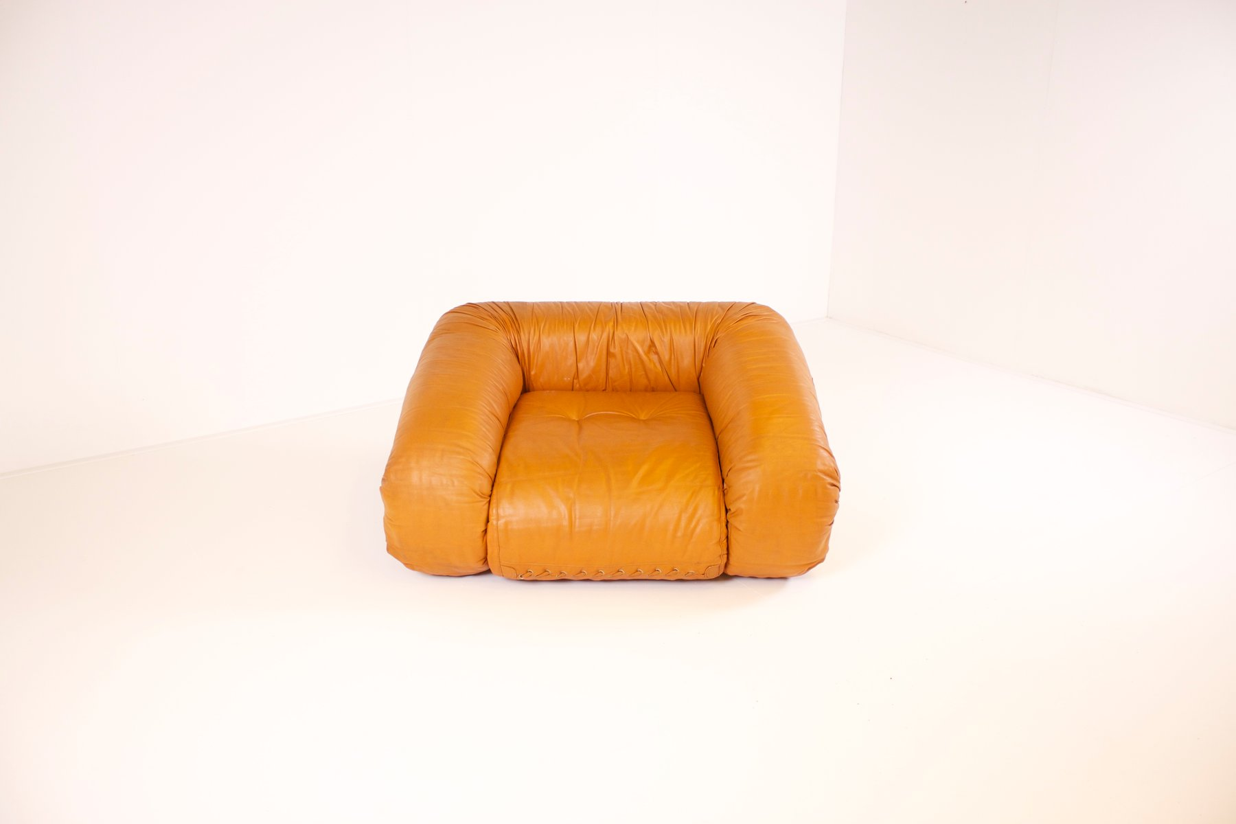 Leather bed chair - Price Per Piece