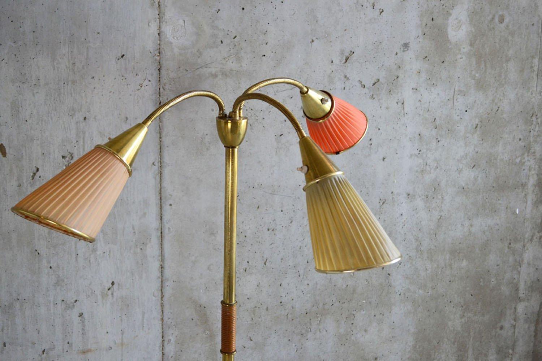 belgische vintage stehlampe mit 3 leuchten bei pamono kaufen. Black Bedroom Furniture Sets. Home Design Ideas