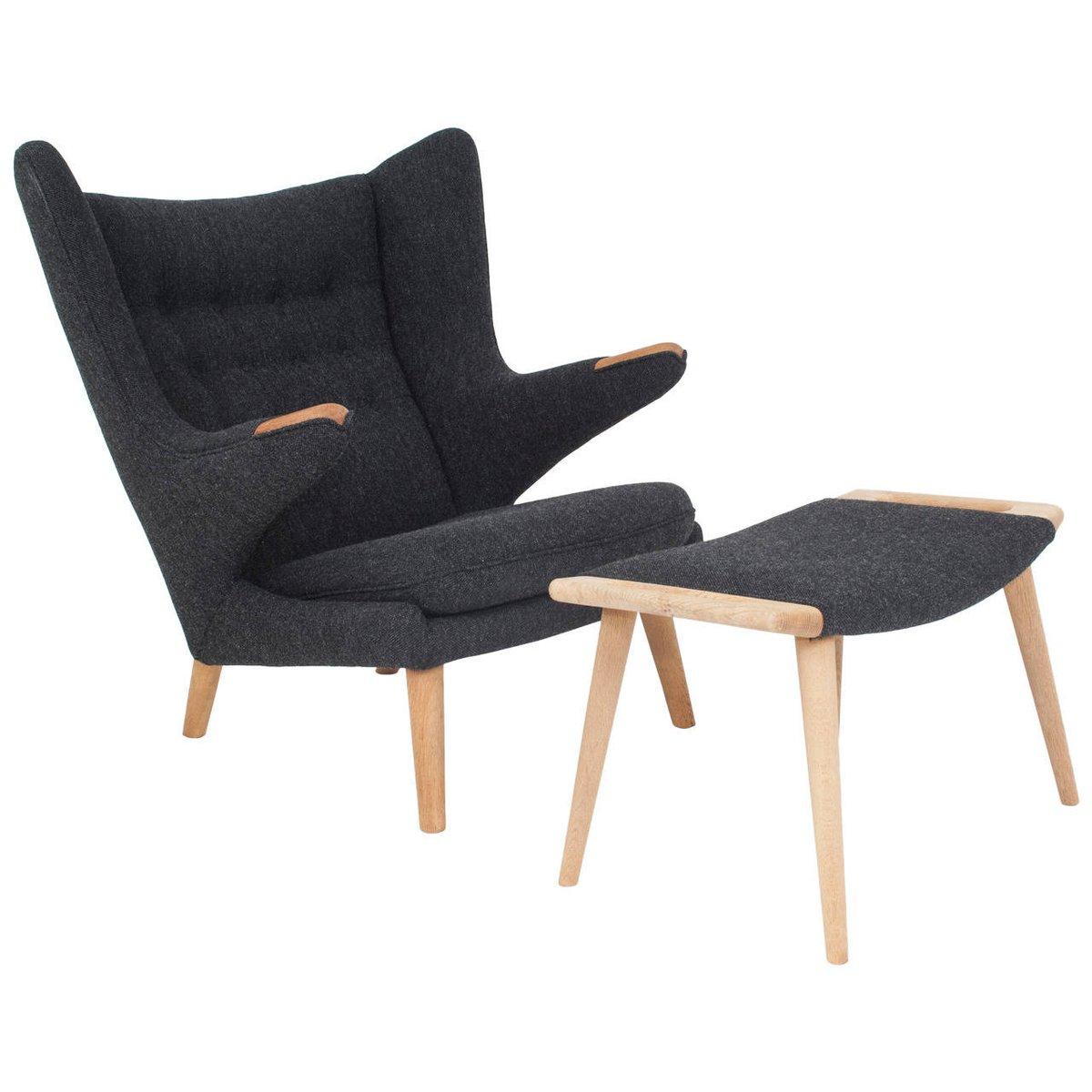 d nischer papa bear stuhl und ottoman von hans j wegner. Black Bedroom Furniture Sets. Home Design Ideas
