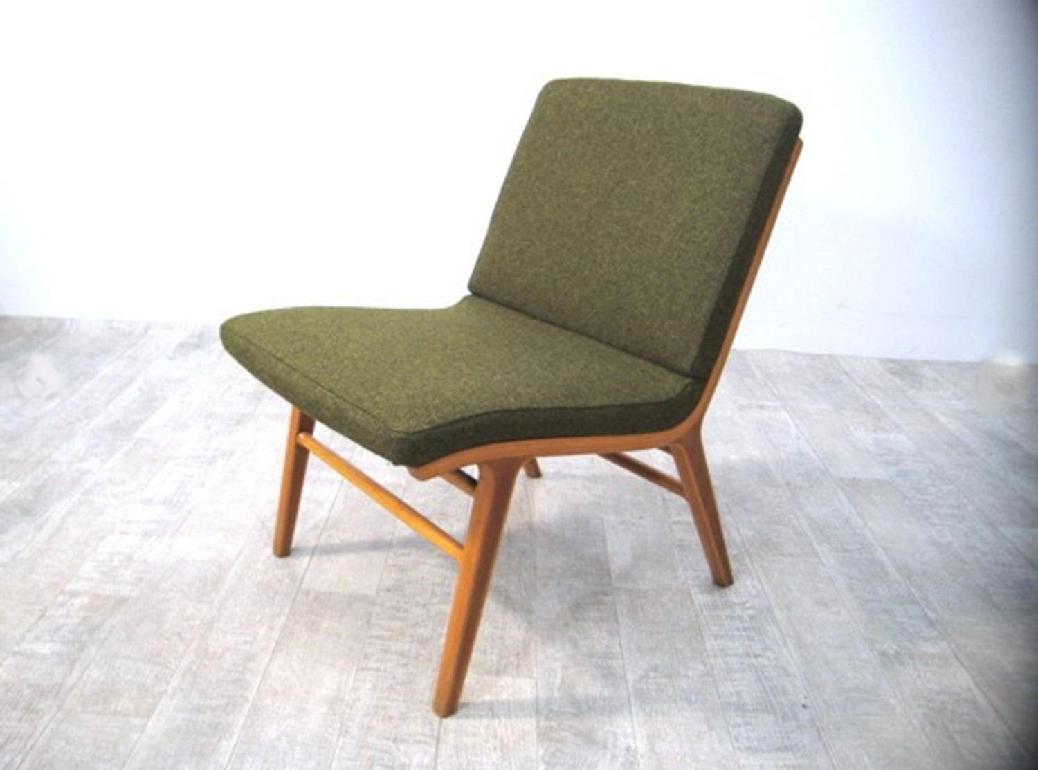 Re arrangeable Danish Beech and Teak Chairs by Peter Hvidt
